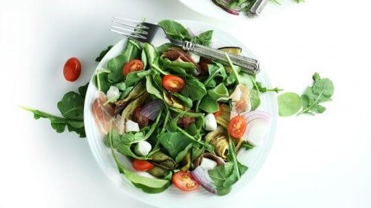 итальянский салат с прошутто