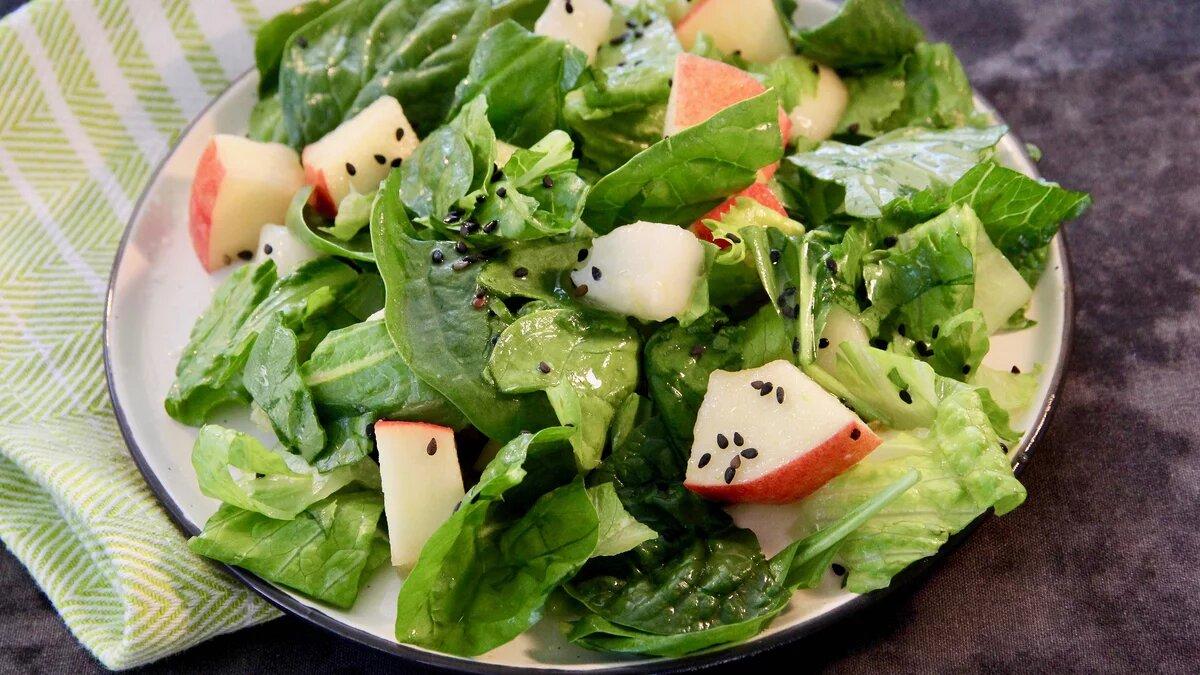 Осенний салат с карамельно-кунжутной заправкой (1)